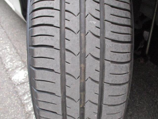 フロントタイヤ溝4mm