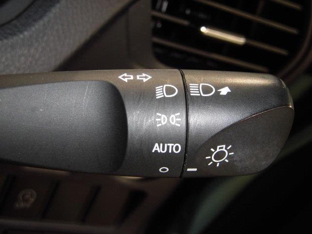 X フルセグ メモリーナビ DVD再生 ミュージックプレイヤー接続可 後席モニター バックカメラ ETC ドラレコ 両側電動スライド LEDヘッドランプ 乗車定員8人 3列シート アイドリングストップ(16枚目)