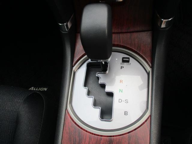 トヨタ アリオン A18Gパッケージスタイリッシュエディション SDナビ