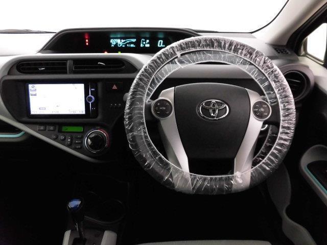 トヨタ アクア S SDナビ フルセグ バックモニター