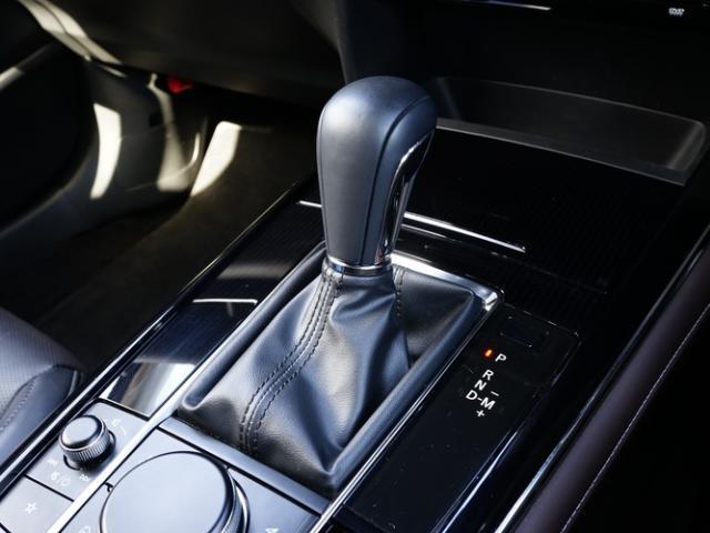 XD Lパッケージ 衝突被害軽減システム アダプティブクルーズコントロール 全周囲カメラ オートマチックハイビーム 革シート 電動シート シートヒーター バックカメラ オートライト LEDヘッドランプ ETC(11枚目)