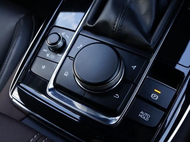 XD Lパッケージ 衝突被害軽減システム アダプティブクルーズコントロール 全周囲カメラ オートマチックハイビーム 革シート 電動シート シートヒーター バックカメラ オートライト LEDヘッドランプ ETC(12枚目)