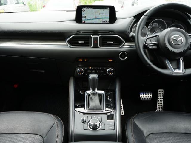 XD Lパッケージ 衝突被害軽減システム アダプティブクルーズコントロール オートマチックハイビーム 革シート 電動シート シートヒーター バックカメラ オートライト LEDヘッドランプ Bluetooth(6枚目)