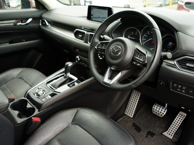 XD Lパッケージ 衝突被害軽減システム アダプティブクルーズコントロール オートマチックハイビーム 革シート 電動シート シートヒーター バックカメラ オートライト LEDヘッドランプ Bluetooth(11枚目)
