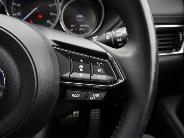 XD Lパッケージ 衝突被害軽減システム アダプティブクルーズコントロール オートマチックハイビーム 革シート 電動シート シートヒーター バックカメラ オートライト LEDヘッドランプ Bluetooth(15枚目)