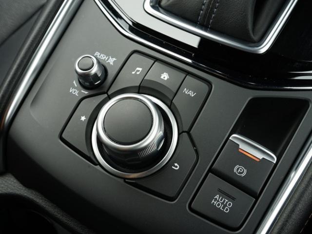 XD Lパッケージ 衝突被害軽減システム アダプティブクルーズコントロール オートマチックハイビーム 革シート 電動シート シートヒーター バックカメラ オートライト LEDヘッドランプ Bluetooth(17枚目)