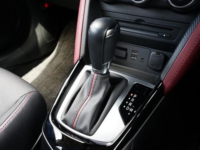 XD Lパッケージ 衝突被害軽減システム アダプティブクルーズコントロール オートマチックハイビーム 革シート 電動シート シートヒーター バックカメラ オートライト LEDヘッドランプ ETC Bluetooth(12枚目)