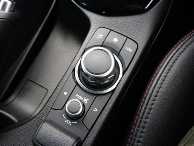 XD Lパッケージ 衝突被害軽減システム アダプティブクルーズコントロール オートマチックハイビーム 革シート 電動シート シートヒーター バックカメラ オートライト LEDヘッドランプ ETC Bluetooth(13枚目)