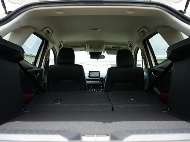 XD Lパッケージ 衝突被害軽減システム アダプティブクルーズコントロール オートマチックハイビーム 革シート 電動シート シートヒーター バックカメラ オートライト LEDヘッドランプ ETC Bluetooth(17枚目)