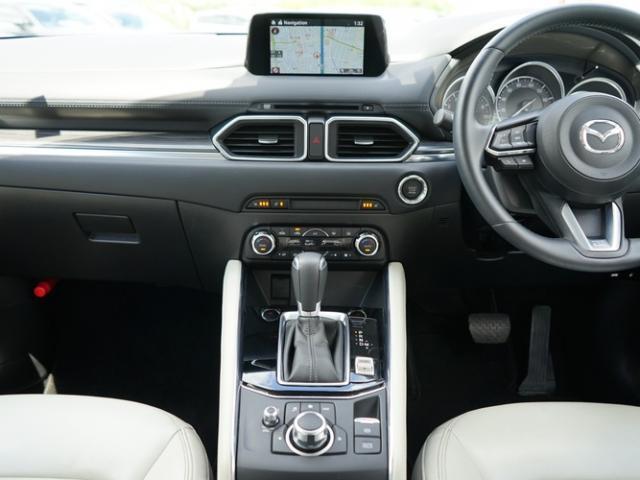 25S Lパッケージ 衝突被害軽減システム アダプティブクルーズコントロール オートマチックハイビーム 革シート 電動シート シートヒーター バックカメラ オートライト LEDヘッドランプ ETC Bluetooth(6枚目)