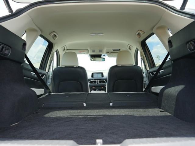 25S Lパッケージ 衝突被害軽減システム アダプティブクルーズコントロール オートマチックハイビーム 革シート 電動シート シートヒーター バックカメラ オートライト LEDヘッドランプ ETC Bluetooth(17枚目)