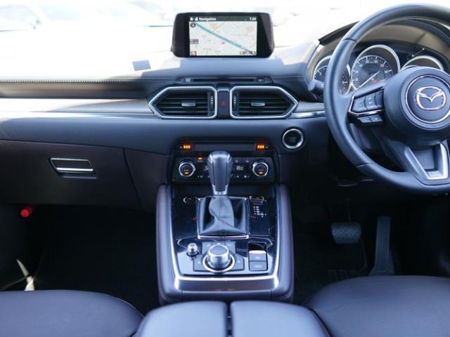 XD Lパッケージ 衝突被害軽減システム アダプティブクルーズコントロール オートマチックハイビーム 4WD 3列シート 革シート 電動シート シートヒーター バックカメラ オートライト LEDヘッドランプ(6枚目)