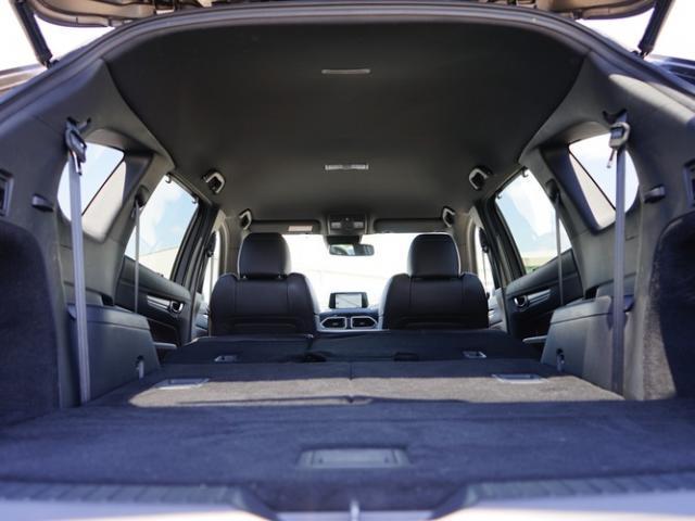XD Lパッケージ 衝突被害軽減システム アダプティブクルーズコントロール オートマチックハイビーム 4WD 3列シート 革シート 電動シート シートヒーター バックカメラ オートライト LEDヘッドランプ(17枚目)