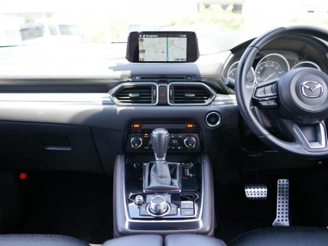 XDプロアクティブ 衝突被害軽減システム アダプティブクルーズコントロール オートマチックハイビーム 4WD 3列シート 電動シート シートヒーター バックカメラ オートライト LEDヘッドランプ ETC 電動リアゲート(6枚目)
