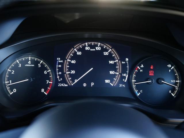 ベースグレード 衝突被害軽減システム アダプティブクルーズコントロール 全周囲カメラ オートマチックハイビーム 電動シート シートヒーター バックカメラ オートライト LEDヘッドランプ Bluetooth(5枚目)