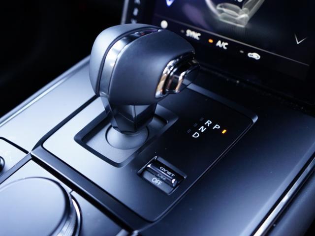 ベースグレード 衝突被害軽減システム アダプティブクルーズコントロール 全周囲カメラ オートマチックハイビーム 電動シート シートヒーター バックカメラ オートライト LEDヘッドランプ Bluetooth(11枚目)