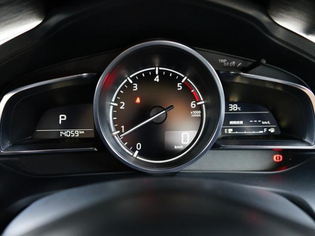 15XD プロアクティブ 衝突被害軽減システム アダプティブクルーズコントロール オートマチックハイビーム オートライト LEDヘッドランプ ETC Bluetooth(5枚目)
