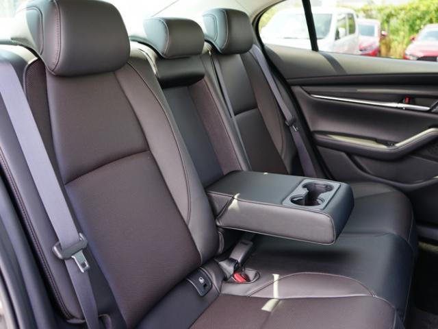 XD Lパッケージ 衝突被害軽減システム アダプティブクルーズコントロール 全周囲カメラ オートマチックハイビーム 革シート 電動シート シートヒーター バックカメラ オートライト LEDヘッドランプ Bluetooth(16枚目)