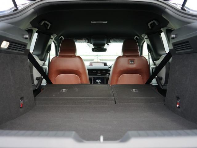 ベースグレード 衝突被害軽減システム アダプティブクルーズコントロール 全周囲カメラ オートマチックハイビーム 電動シート シートヒーター バックカメラ オートライト LEDヘッドランプ ETC Bluetooth(17枚目)