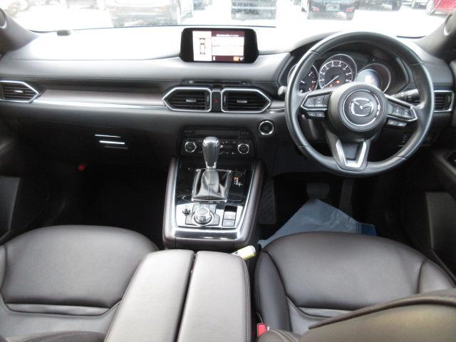 XD Lパッケージ 衝突被害軽減システム アダプティブクルーズコントロール 全周囲カメラ オートマチックハイビーム 4WD 3列シート 革シート 電動シート シートヒーター バックカメラ オートライト LEDヘッドランプ(4枚目)