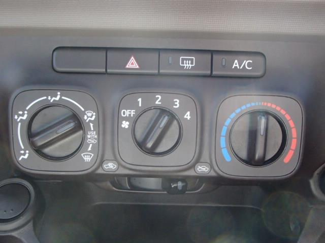 トヨタ パッソ X メモリーナビ フルセグ ETC キーレスエントリー
