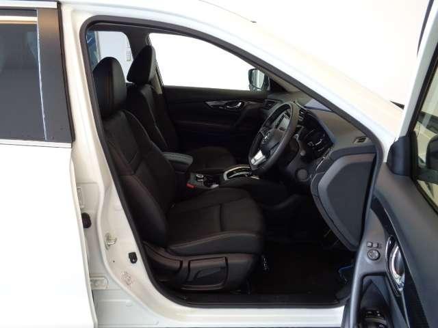 20Xi ハイブリッド 2.0 20Xi ハイブリッド 4WD 被害軽減ブレーキ プライバシーガラス インテリジェントキー ETC バックカメラ ステアリングオーディオスイッチ 左右独立温度調整オートエアコン(15枚目)