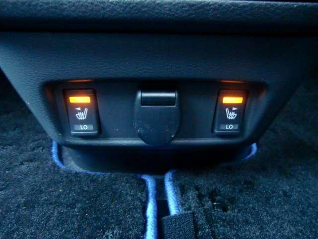 前席にはシートヒーター付き。真冬でもすぐに温まり快適にドライブできます。