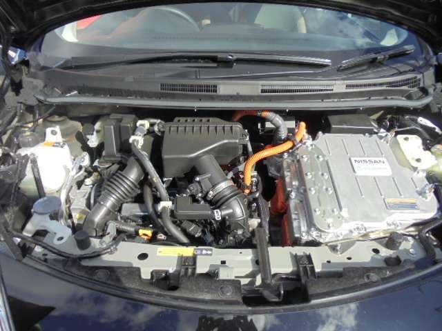 e-パワー メダリスト メモリーナビ アラウンドビューモニター スマートルームミラー LEDヘッドランプ ハイビームアシスト オートライト インテリジェントキー エマージェンシーブレーキ 15インチアルミ(20枚目)