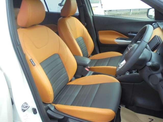 乗り心地を向上させるマットスプリングタイプのゼログラビティシートを採用。運転の疲労を軽減します。