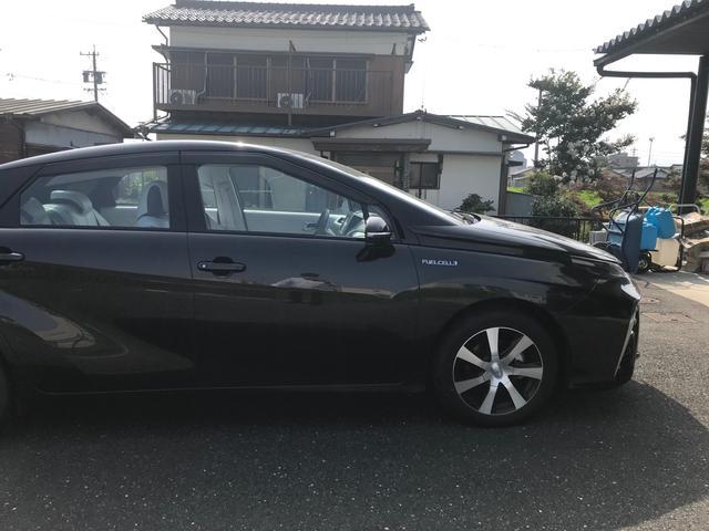 トヨタ MIRAI