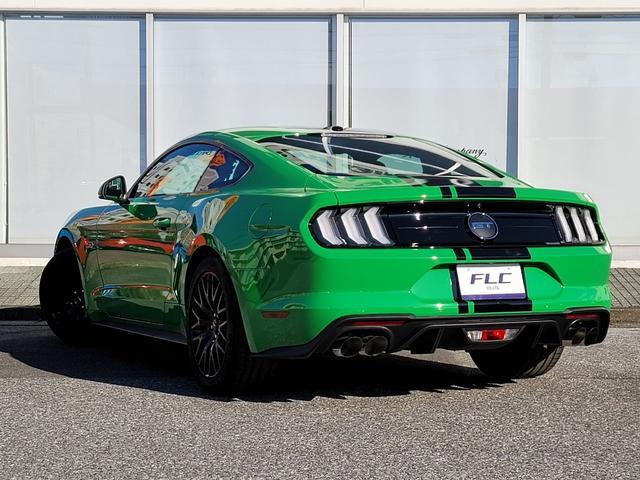 V8 GT ファーストバック UK仕様右ハンドル(7枚目)