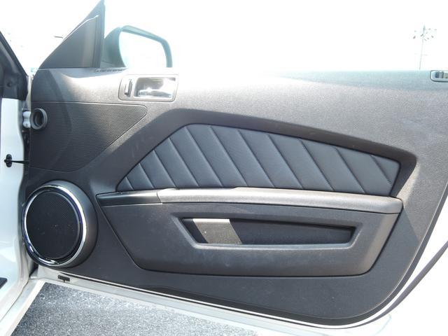 V8 GT プレミアム クーペ ワンオーナー(16枚目)