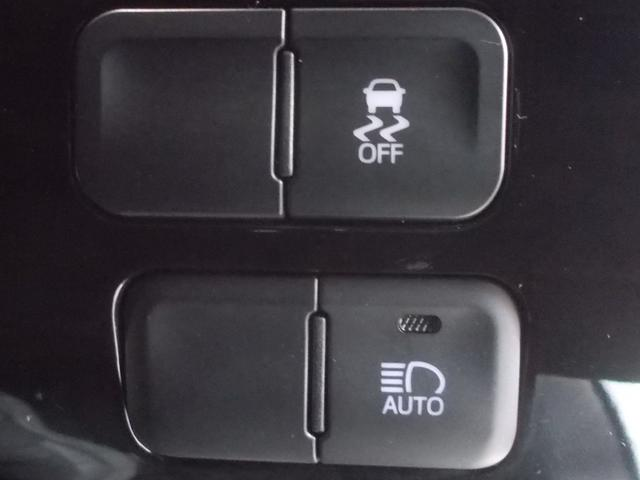 S SDナビ Bモニター ETC LED AW 安心サポ車(13枚目)