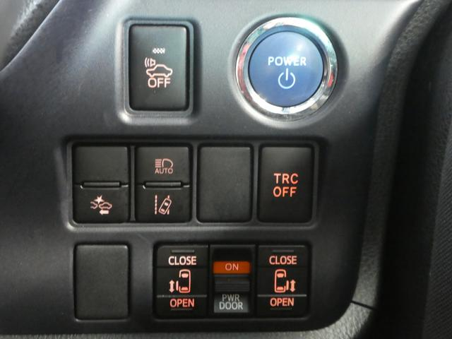 インパネはシンプルなデザイン。運転もし易そう♪