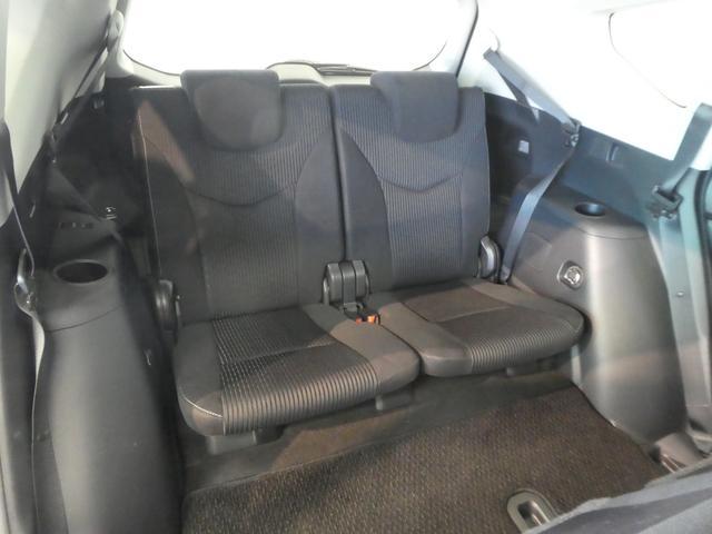 清潔で広々した座席です!是非、現車を見て体感してください。