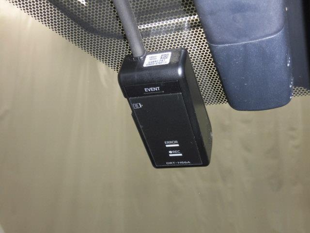 S フルセグ メモリーナビ バックカメラ 衝突被害軽減システム ETC LEDヘッドランプ(13枚目)