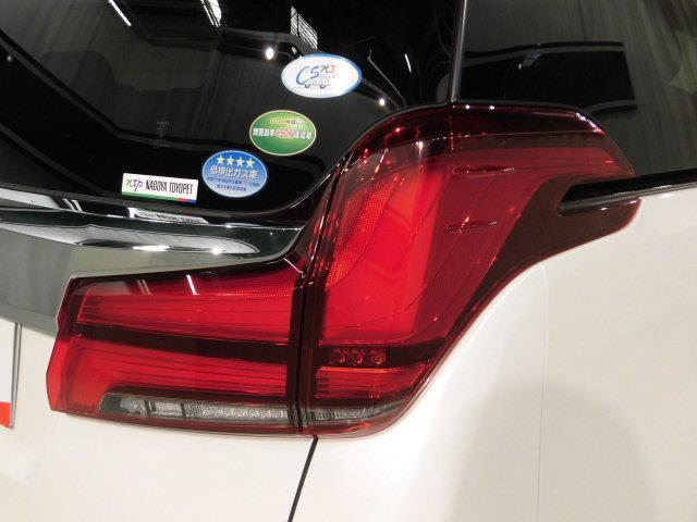 SR Cパッケージ 革シート サンルーフ 4WD フルセグ メモリーナビ DVD再生 ミュージックプレイヤー接続可 後席モニター バックカメラ 衝突被害軽減システム ETC 両側電動スライド LEDヘッドランプ(7枚目)