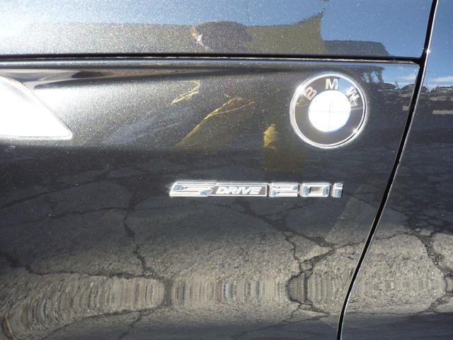 BMW BMW Z4 sDrive20i 赤レザー 社外18AW 社外マフラー