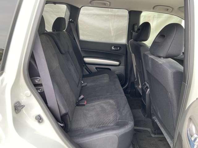 20GT ディーゼルターボ 4WD キセノン クルーズコントロール 布シート メモリーナビ フルセグTV バックモニター ETC オートライト(5枚目)