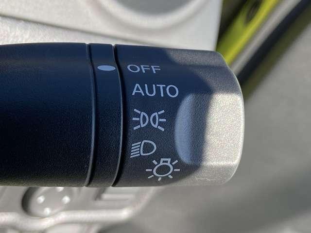 X アラウンドビューモニター 踏み間違い防止 エマージェンシーブレーキ コーナーセンサー ハイビームアシスト インテリジェントルームミラー ステアリングスイッチ アイドリングストップ(13枚目)