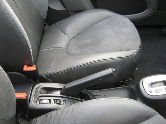 日産 マイクラC+C ベースグレード オープンカー Tチェーン車 HDDナビ