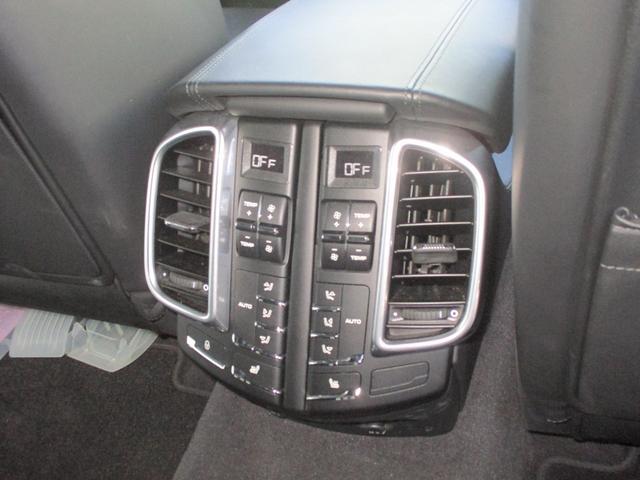 ターボ 保証付 ナビ・TV バックカメラ ETC 4WD(12枚目)