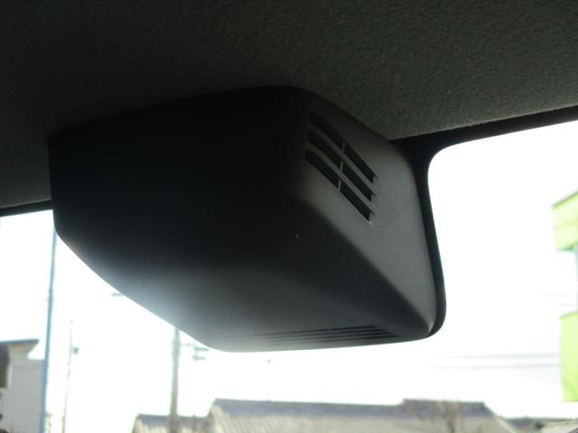 デュアルセンサーブレーキサポート搭載なので万が一の時も安心です。