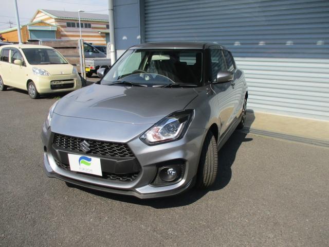 新車メーカー保証付き 6速マニュアル シルバーメタリック(3枚目)