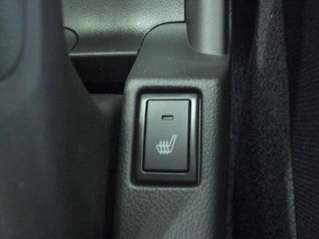 新車メーカー保証付き 6速マニュアル シルバーメタリック(8枚目)