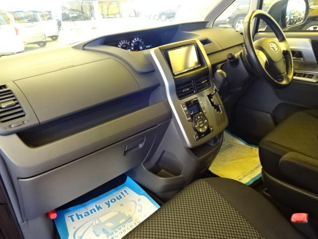 トヨタ ノア Si ナビ TV 両側電動スライドドア 社外17インチアルミ