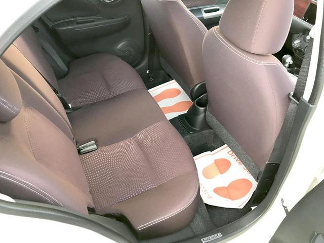 12STプレミアム エアコン パワステ ABS キーレスフロアマット 電動格納ミラー 新車(14枚目)
