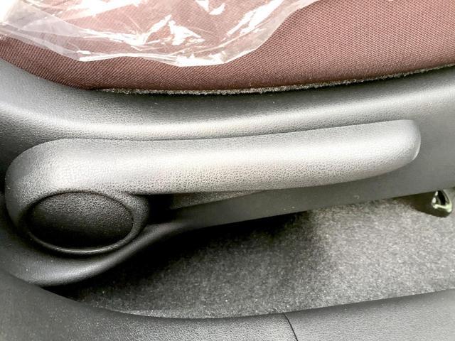 12STプレミアム エアコン パワステ ABS キーレスフロアマット 電動格納ミラー 新車(21枚目)