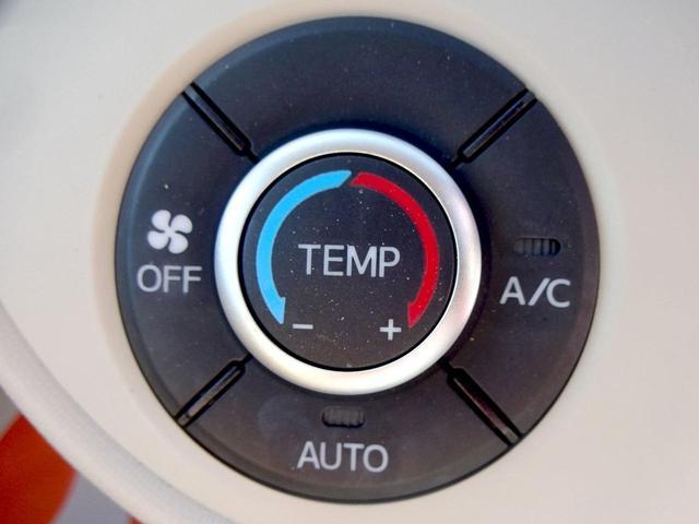 ココアX Wエアバック Iストップ リモコンキー ワンオーナー車 セキュリティー メモリナビ AUX 禁煙 電格ミラー ナビTV DVD再生 オ-トエアコン PW エアバッグ ベンチシート ABS パワステ(26枚目)