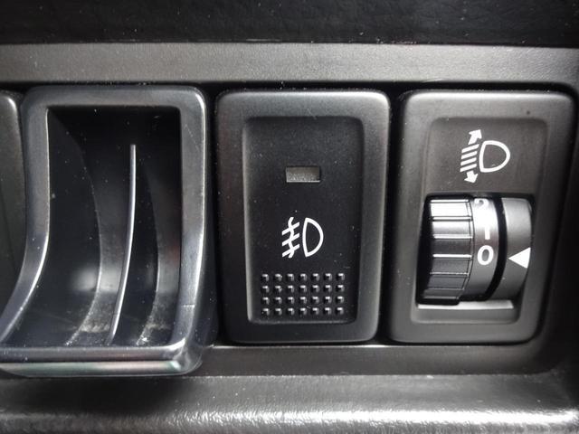 RS エアロ 禁煙車 オートエアコン クルコン ETC CD ABS TVナビ キーフリー 盗難防止システム DVD スマキー フルセグ地デジTV メモリーナビゲーション 横滑り防止装置(37枚目)